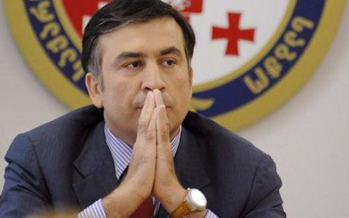 Саакашвили постепенно отказывается от всех государственных привилегий